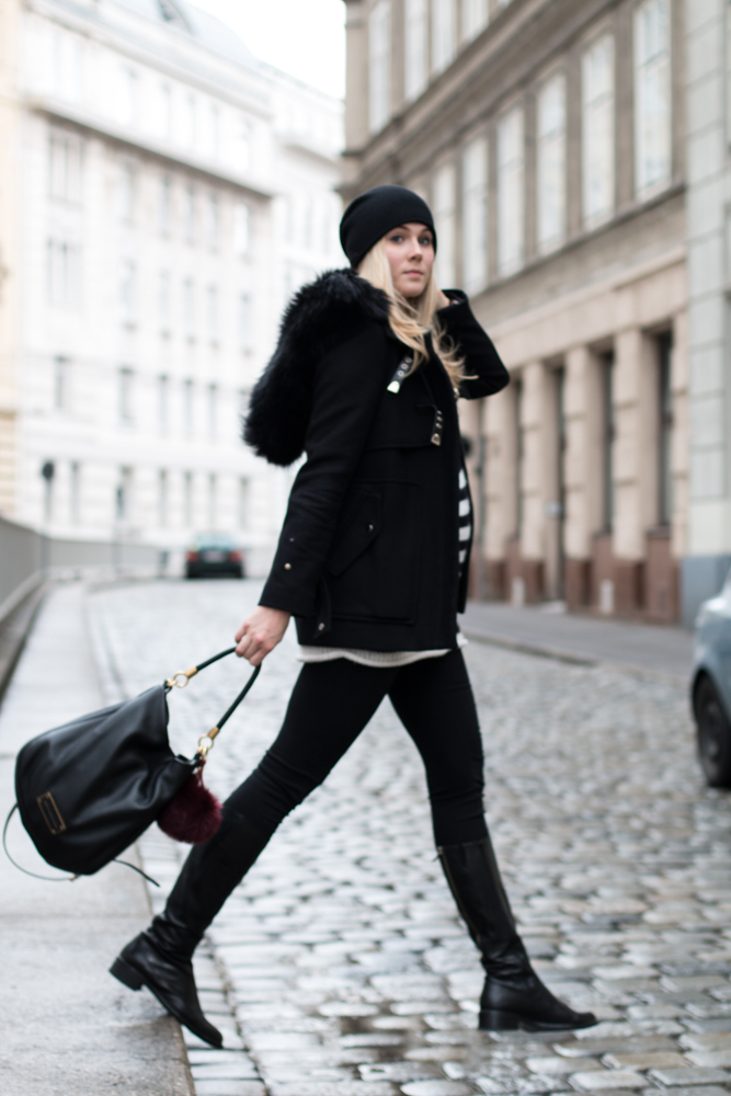 Bits and Bobs by Eva, Blog, Austrian Blog, Österreichische Blog, lovedailydose, your daily treat, fashion, beauty, food, interior, fitness, new, bitsandbobsbyeva.com, travel, winter, black and striped, black, striped, black outfit, ootd