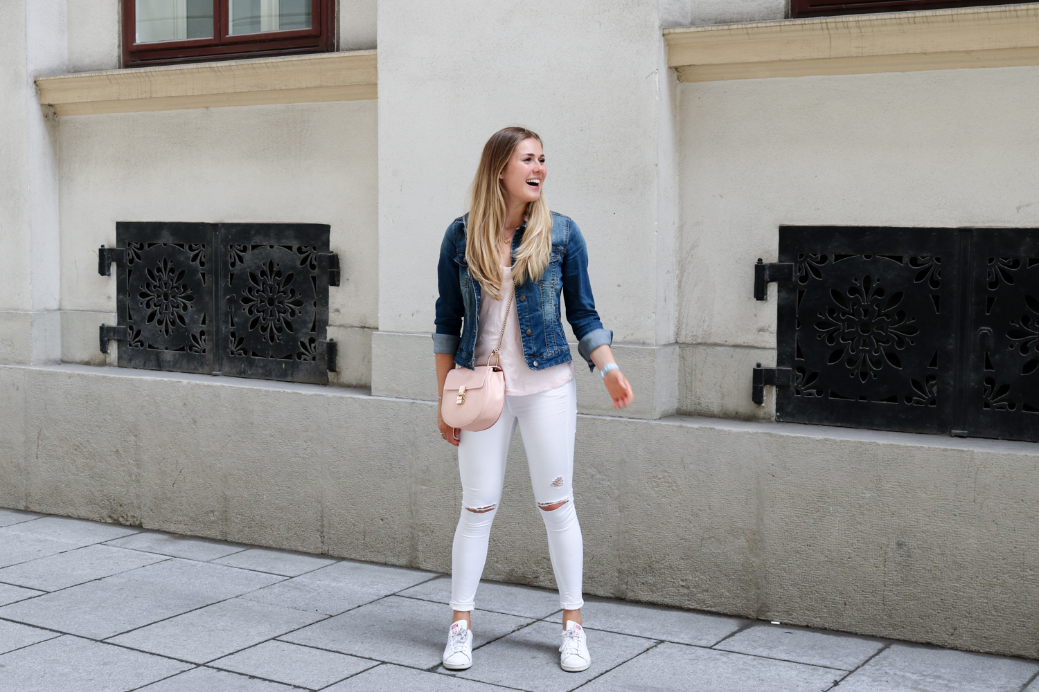 Outfit: Vienna City Stroll