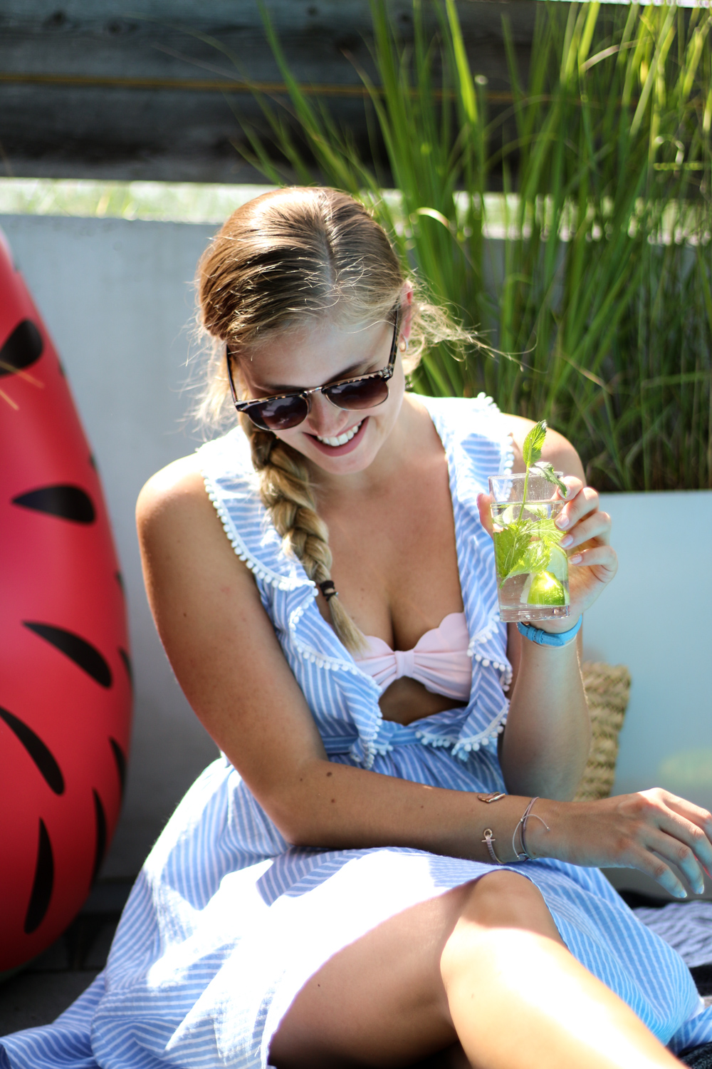 BLOG YOUR STYLE Beach Party Pool Party