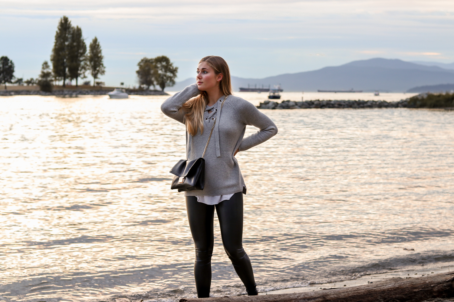 Outfit: English Bay Vancouver