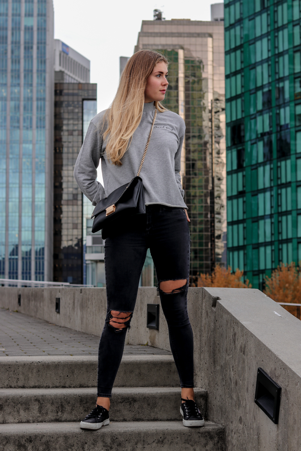 Fashion Outfit: Cool Girl in Vancouver auf Bits and Bobs by Eva