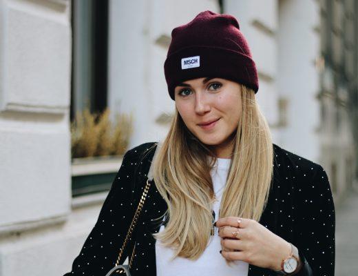 Outfit: Chinohose mit Bordeaux Seitenstreifen auf dem österreichischen Lifestyle Blog Bits and Bobs by Eva