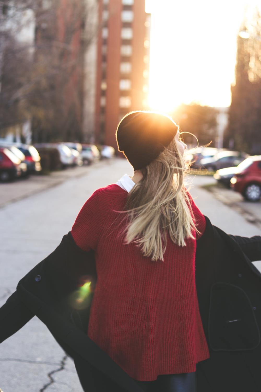 Outfit: Red Winter Sunset auf dem österreichischen Lifestyle Blog Bits and Bobs by Eva