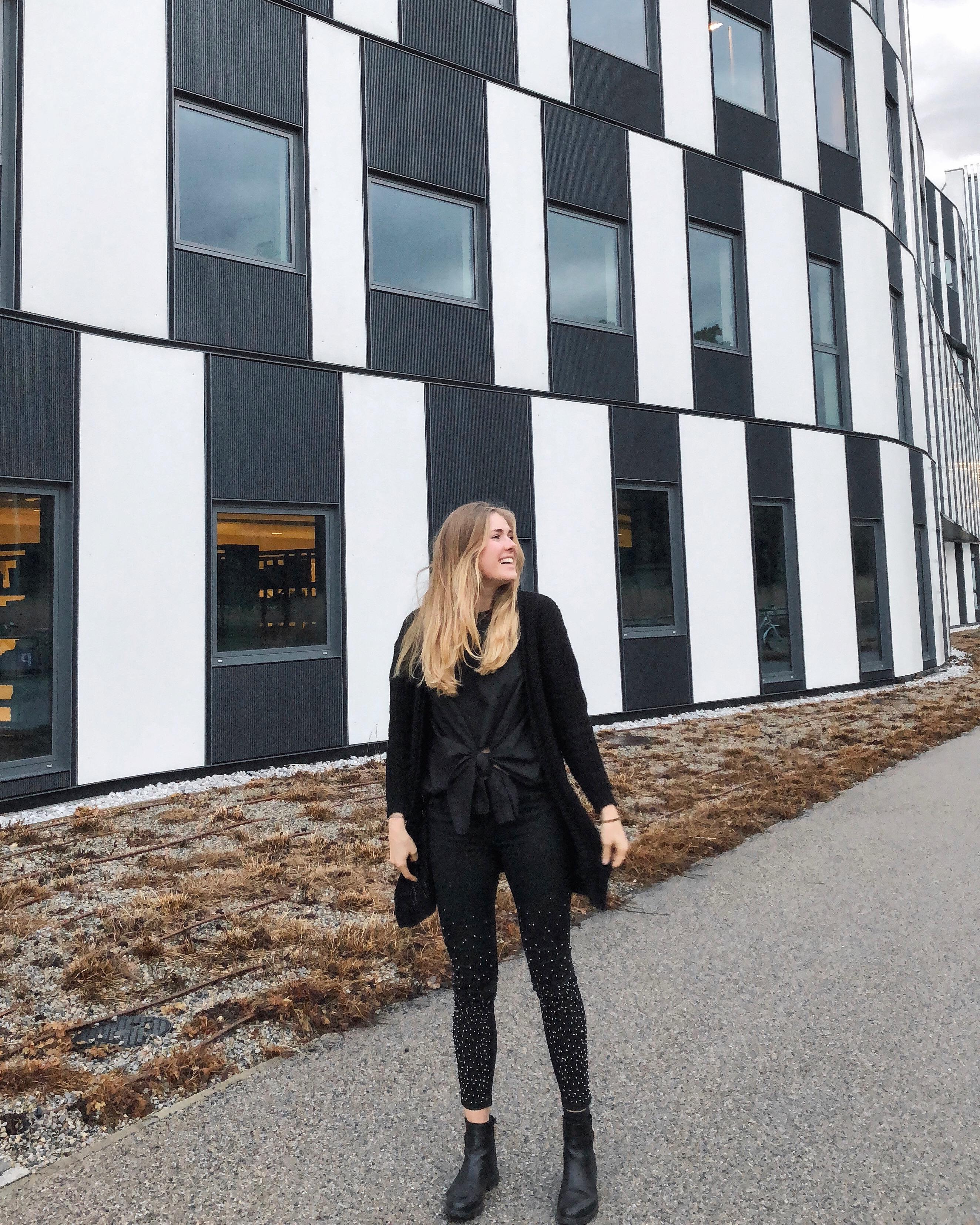 Instagram Outfits #7 auf dem österreichischen Lifestyle Blog Bits and Bobs by Eva. Mehr Social Media Looks auf www.bitsandbobsbyeva.com