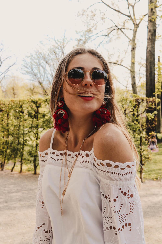 Outfit: No Coachella For Me auf dem österreichischen Lifestyle Blog Bits and Bobs by Eva. mehr Fashion Festival Trends auf www.bitsandbobsbyeva.com Edited Kleid, Superga Sneaker, sweet deluxe Schmuck, Ray Ban Round Glass