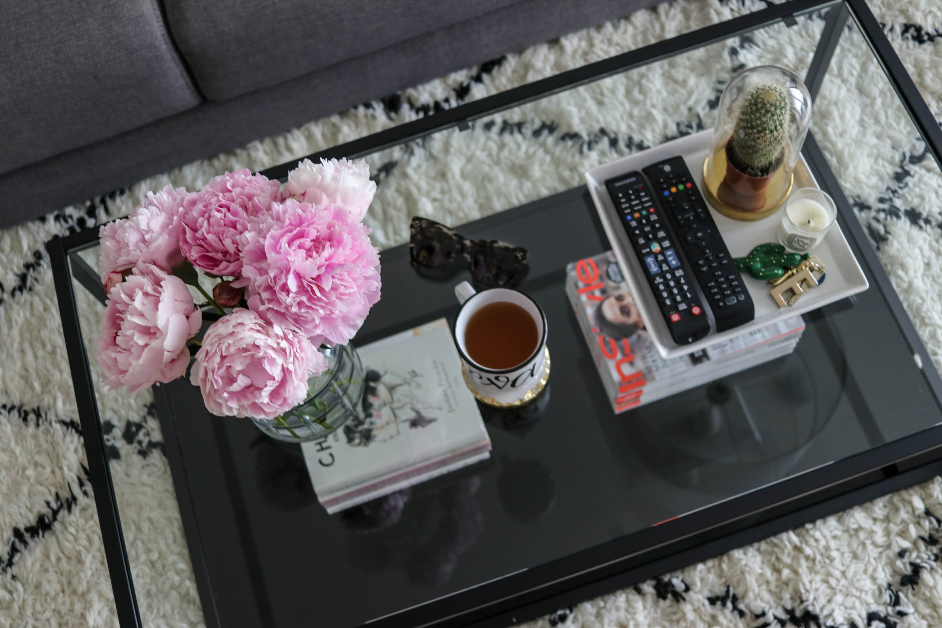 How to…decorate coffee tables?