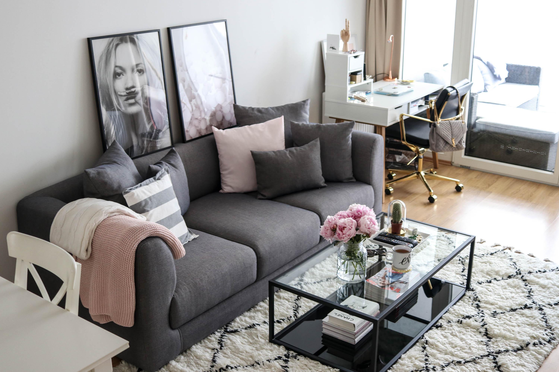 Interior: Wohnzimmer auf dem österreichischen Lifestyle Blog Bits and Bobs by Eva. Mehr Einrichtungs- & Deko-Tipps auf www.bitsandbobsbyeva.com