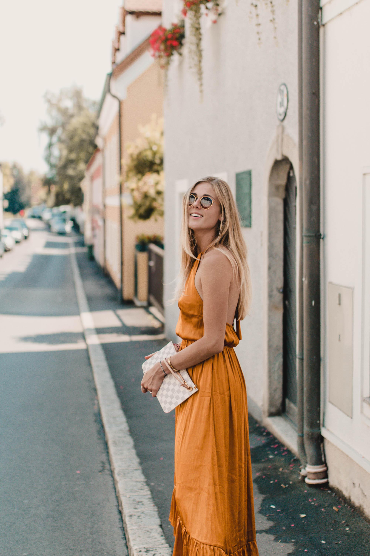 Outfit Details: Maxi Dress auf dem österreichischen Lifestyle Blog Bits and Bobs by Eva. Mehr Fashion Looks auf www.bitsandbobsbyeva.com