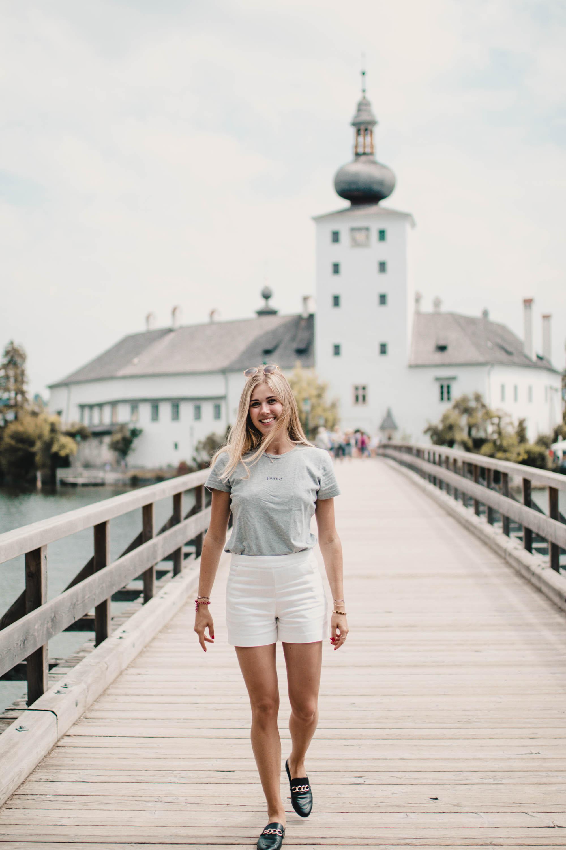 Outfit: Schloss Ort in Gmunden auf dem österreichsichen Lifestyle blog Bits and Bobs by Eva. Mehr Fashion und Oberösterreich auf www.bitsandbobsbyeva.com
