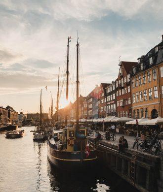 POSTCARD from KOPENHAGEN auf dem österreichsichen Lifestyle Blog Bits and Bobs by Eva. Mehr Reise- und Travel-Posts auf www.bitsandbobsbyeva.com
