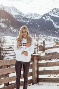 Outfit: Flaggen auf 2019 auf dem österreichischen Lifestyle Blog Bits and Bobs by Eva. Mehr Fashion Beiträge auf www.bitsandbobsbyeva.com