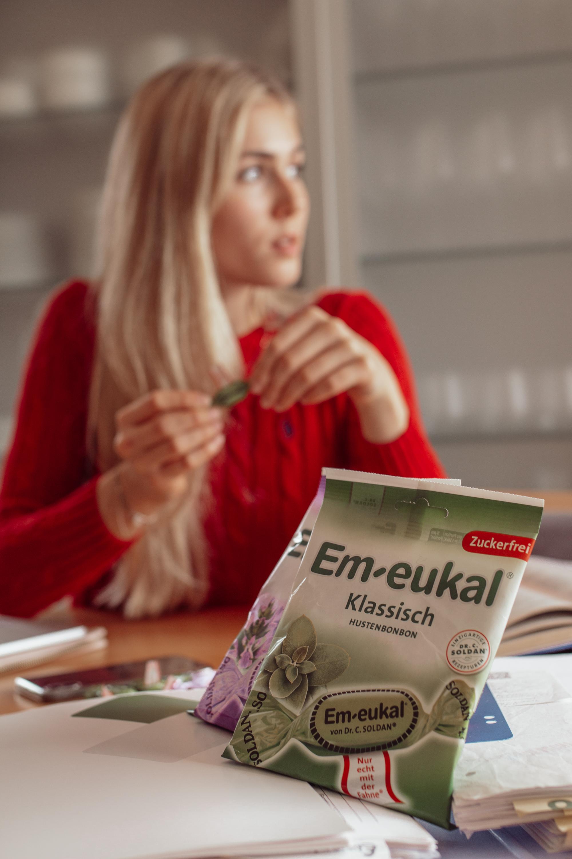 5 Tipps, um den Winter Blues zu überstehen auf dem österreichischen Lifestyle Blog Bits and Bobs by Eva. Mehr zu Em-eukal auf www.bitsandbobsbyeva.com