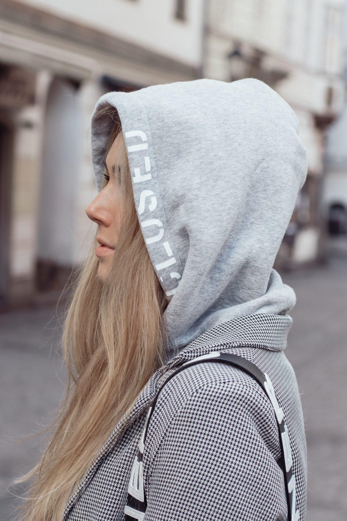 BLOG YOUR STYLE: Hoodies und Sweatshirts auf dem österreichischen Lifestyle Blog Bits and Bobs by Eva. Mehr Fashion auf www.bitsandbobsbyeva.com