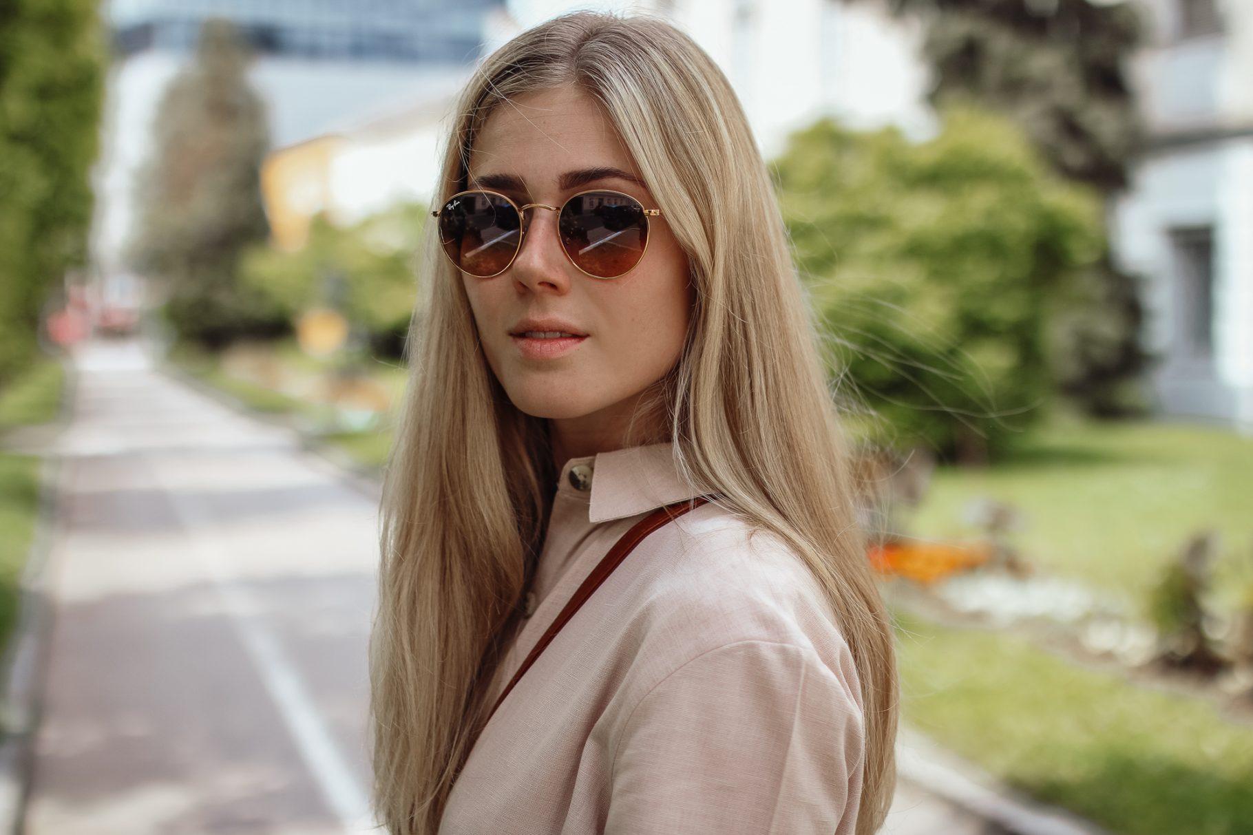 BLOG YOUR STYLE: Leinen Jumsuit auf dem österreichischen Lifestyle Blog Bits and Bobs by Eva. Mehr Fashion und Mode auf www.bitsandbobsbyeva.com