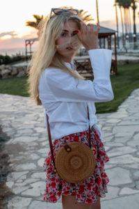 BLOG YOUR SYTLE: Geflochtene Sommertaschen auf dem österreichischen Lifestyle Blog Bits and Bobs by Eva. Mehr Bast-Taschen auf www.bitsandbobsbyeva.com