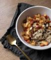Winter-Frühstück: Porridge mit Zimt-Äpfeln auf dem österreichischen Lifestyle Blog Bits and Bobs by Eva. Mehr Rezepte auf bitsandbobsbyeva.com