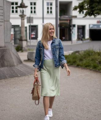 BLOG YOUR STYLE: Pastell auf dem österreichischen Lifestyle Blog Bits and Bobs by Eva. Mehr Outfits auf www.bitsandbobsbyeva.com