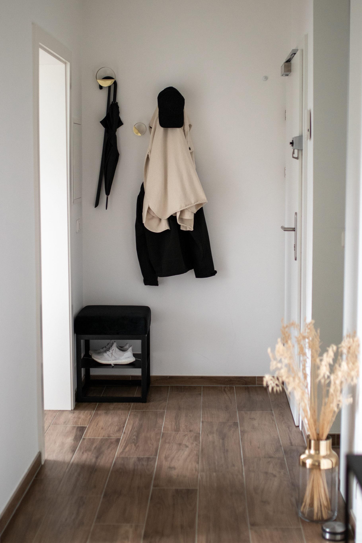 Interior Reveal: Vorzimmer auf dme österreichischen Lifestyle Blog Bits and Bobs by Eva. Mehr Einrichtung auf www.bitsandbobsbyeva.com