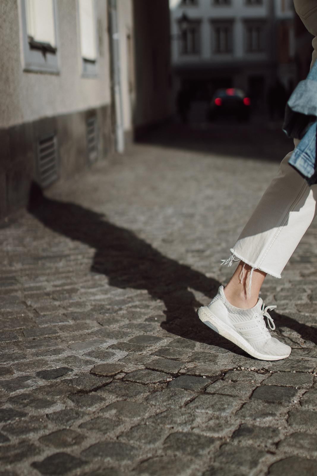 BLOG YOUR STYLE: Sneaker für den Frühling auf dme österreichsichen Lifestyle Blog Bits and Bobs by Eva. Mehr auf www.bitsandbobsbyeva.com