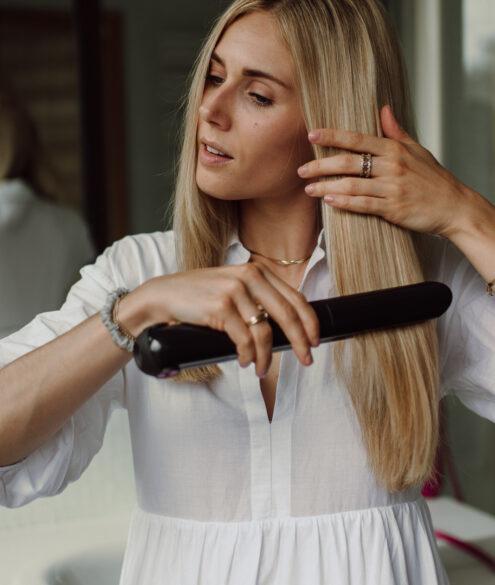 Review: Dyson Corrale Haarglätter auf dem österreichsichen Lifestyle Blog Bits and Bobs by Eva. Mehr zu Haaren auf www.bitsandbobsbyeva.com